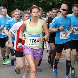 Helsinki Half Marathon - Timo Jääskeläinen (478), Varpu Hyvärinen (1764)
