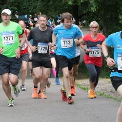 Helsinki Half Marathon - Hannu Lahtinen (713), Rinat Landman (736), Maija Päivinen (1175), Jukka Rusila (1271), Timo Väkeväinen (1720)