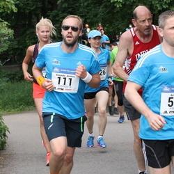 Helsinki Half Marathon - Alexander Benders (111), Ari Kanerva (502)