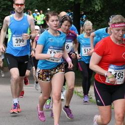 Helsinki Half Marathon - Aki Aunala (100), Kristian Svensson (396), Mirkka Ollikainen (1041)