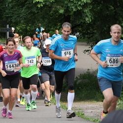 Helsinki Half Marathon - Waltteri Kyrola (686), Vesa Lappi (742), Pete Morris (916), Bettina Sundström (1443)