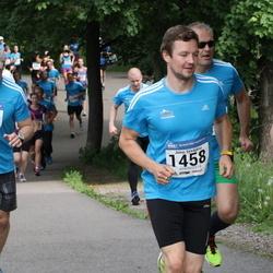 Helsinki Half Marathon - Kari Nurminen (1003), Jussi Syväjärvi (1458)