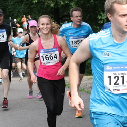 Helsinki Half Marathon - Olli Rentola (1218), Mikaela Vikholm (1664)