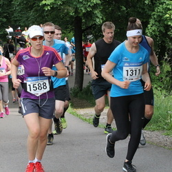 Helsinki Half Marathon - Olli Hokkanen (335), Heini Salmi (1311), Asta Valkiainen (1588)