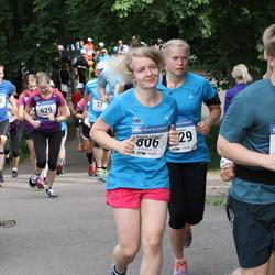 Helsinki Half Marathon - Kristiina Linnupöld (806)