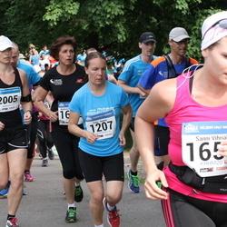 Helsinki Half Marathon - Päivi Rautio (1207), Sanni Vihriälä (1652), Kaisa Kirjola (2005)