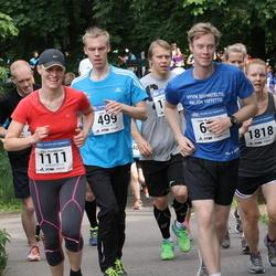Helsinki Half Marathon - Johanna Forsman (198), Lauri Kaltio (499), Viivi Pentikäinen (1111)