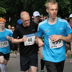 Helsinki Half Marathon - Teppo Airaksinen (40), Lauri Kaltio (499), Juhana Peltomaa (1102)