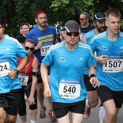 Helsinki Half Marathon - Pasi Kaukinen (540), Antti Toivanen (1507), Sandeep Mukherjee (1824)