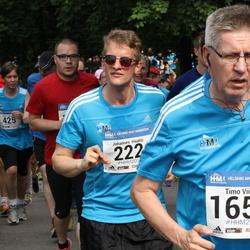 Helsinki Half Marathon - Johannes Haahti (222), Timo Viitala (1658)