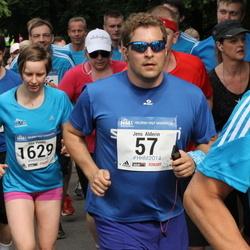 Helsinki Half Marathon - Jens Alderin (57), Tiia Vento (1629)