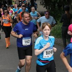 Helsinki Half Marathon - Tony Eichholz (162), Linda Liukas (809)
