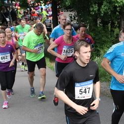 Helsinki Half Marathon - Olli Kaven (547), Katri Kulju (662), Tutu Wegelius-Lehtonen (1625)