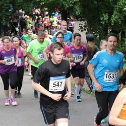 Helsinki Half Marathon - Olli Kaven (547), Katri Kulju (662), Damiano Vesentini (1637)