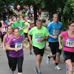 Helsinki Half Marathon - Katri Kulju (662), Aarre Tuokko (1534)