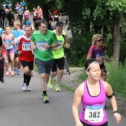 Helsinki Half Marathon - Noora Hyvärinen (382), Petteri Toivanen (1510)