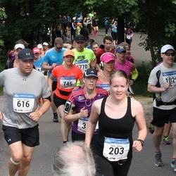 Helsinki Half Marathon - Hanne-Grete Christensen (135), Terhi Galvez (203), Kimmo Koponen (616), Tuomas Ojanen (1029)