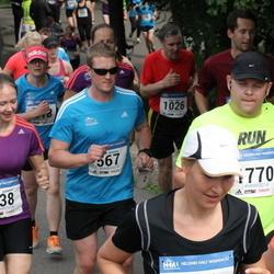 Helsinki Half Marathon - Pollari Johanna (438), Pollari Kimmo (567), Sami Jokela (1770)