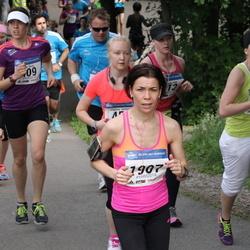 Helsinki Half Marathon - Liisa Koskinen (640), Saila Vihtari (1907)