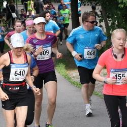 Helsinki Half Marathon - Seda Ilksoz (409), Johanna Juntunen (455), Liisa Koskinen (640), Petri Martola (866)