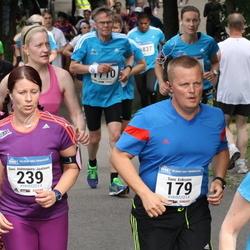 Helsinki Half Marathon - Sami Eriksson (179), Suvi Halmepuro-Jaatinen (239)