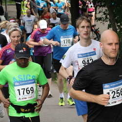 Helsinki Half Marathon - Niko Roschier (1256), Zahed Iqbal (1769)
