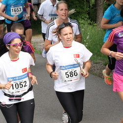 Helsinki Half Marathon - Ipek Koc (586), Selen Ozcan (1052), Marjukka Sinisalo (1377)
