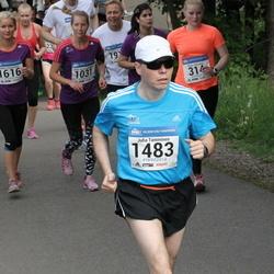 Helsinki Half Marathon - Kaisu Hienonen (314), Jenni Ojasalo-Rinkinen (1031), Juha Tamminen (1483), Helka Vasarainen (1616)
