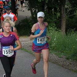 Helsinki Half Marathon - Kaisa Summanen (1437), Tiia Tuunainen (1553)