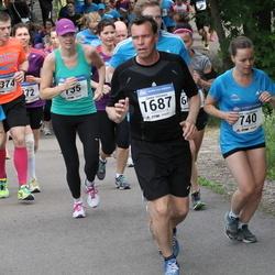 Helsinki Half Marathon - Janni Lapinkangas (740), Christina Salmivalli (1316), Janne Virtanen (1687)