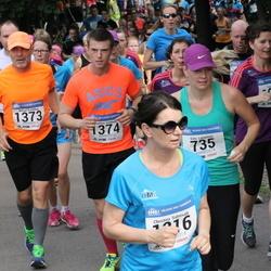 Helsinki Half Marathon - Satu Lampinen (735), Niklas Simberg (1373), Mattias Simberg (1374)