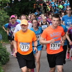 Helsinki Half Marathon - Saara Heikkilä (272), Niklas Simberg (1373), Mattias Simberg (1374)