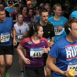 Helsinki Half Marathon - Niina Joki (441), Toni Rintamäki (1240), Joachim Seminck (1865)