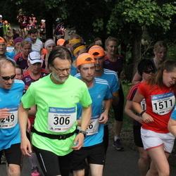 Helsinki Half Marathon - Hannu Harain (249), Juha Henriksson (306)