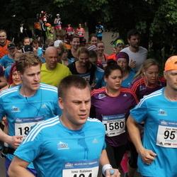 Helsinki Half Marathon - Ismo Ihalainen (404), Jussi Nenonen (957), Aliisa Vainikka (1580)