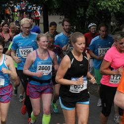 Helsinki Half Marathon - Anna-Erica Brandt (124), Anna-Maaria Kokkonen (603), Linda Pynnönen (2000)