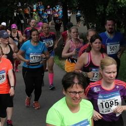 Helsinki Half Marathon - Pia Perttula (1117), Hanna Ruotsalainen (1269)