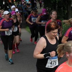 Helsinki Half Marathon - Jaana Jääskeläinen (475), Sanna Karlsson (525), Minna Kärkkäinen (694), Mirkka Siusluoto (1391)