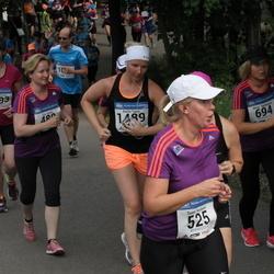 Helsinki Half Marathon - Eija Kaarto (480), Sanna Karlsson (525), Minna Kärkkäinen (694), Karita Taura (1489), Päivi Wallenius (1593)
