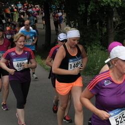 Helsinki Half Marathon - Eija Kaarto (480), Päivi Wallenius (1593)