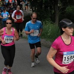 Helsinki Half Marathon - Marita Parkkari (1070), Ville Parkkari (1071)