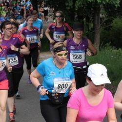 Helsinki Half Marathon - Anna-Mari Kinnunen (568), Minna Lindholm-Ventola (800)