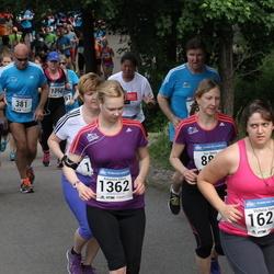 Helsinki Half Marathon - Katariina Sihvo (1362), Victoria Veach (1623)