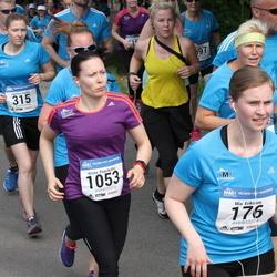 Helsinki Half Marathon - Mia Eriksson (176), Jasmiina Hietala (315), Krista Paasikallio (1053)