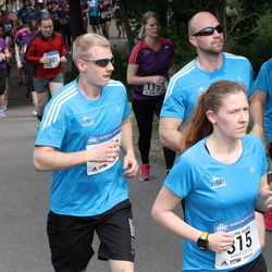 Helsinki Half Marathon - Jasmiina Hietala (315), Niko Onkeli (1047), Tuula Pellikka (1097)
