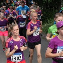 Helsinki Half Marathon - Maiju Huhtala (354), Kati Tamminen (1482), Maria Öhman (1740)