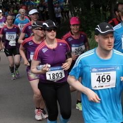 Helsinki Half Marathon - Petrus Järvinen (469), Arja Roininen (1251), Sandra Forsell (1893)