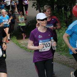Helsinki Half Marathon - Tuomo Lahti (710), Sampo Luukkainen (825), Päivikki Vuollo (1703)