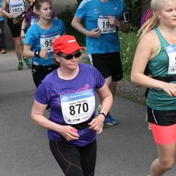 Helsinki Half Marathon - Leena Marttila (870), Essi Marttila (871)