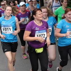 Helsinki Half Marathon - Karita Lampi (734), Susanna Nyholm (1011), Kirsi Parkkonen (1072)
